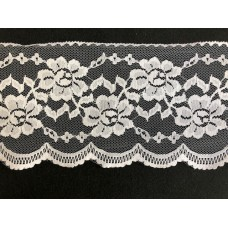 Netted flower pattern Scalloped Edge Lace 1 Metre
